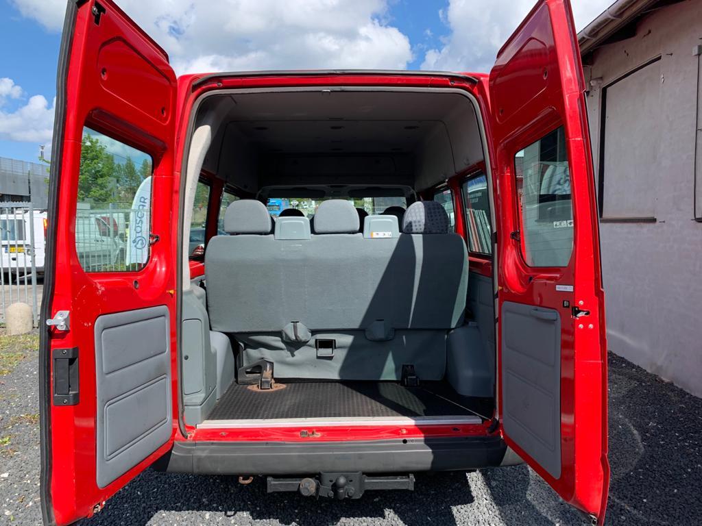 Ford Transit Minibus 9-Personers