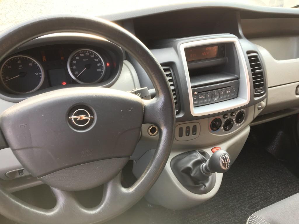 Opel Vivaro (19)