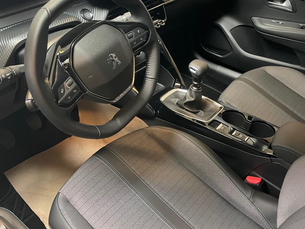 Peugeot 208 BlueHDi
