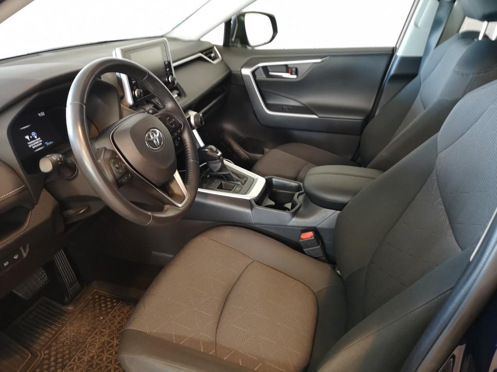 Toyota 2,5 B/EL H3 218HK 5d 6g Aut.