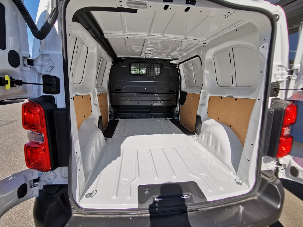 Toyota Proace 1.6D 115hk Medium