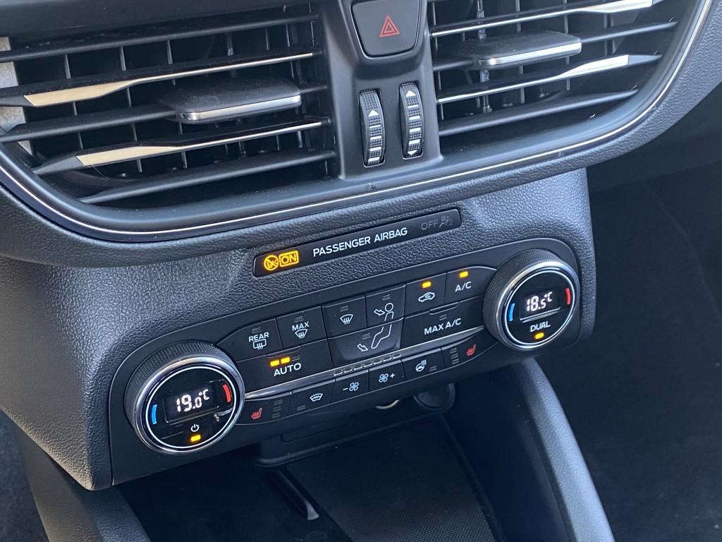 Ford Focus 1,0 Titanium STC 125hk