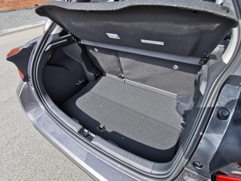 Toyota YARIS 1.5 Benzin
