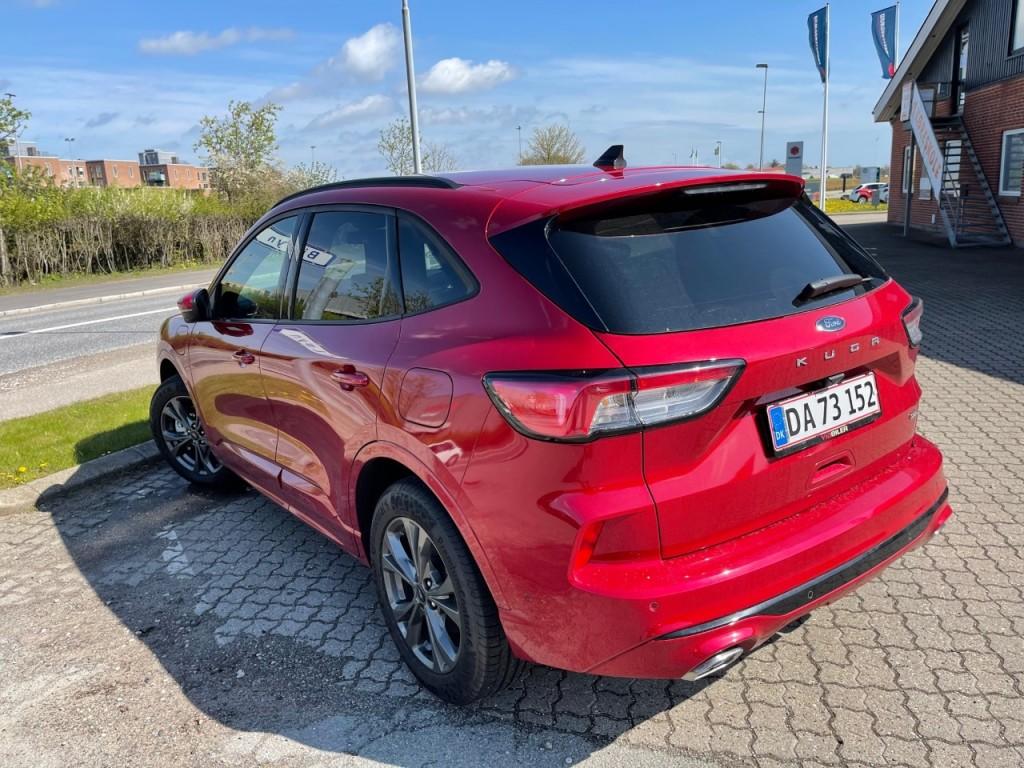 Ford Kuga Hybrid ST line -X