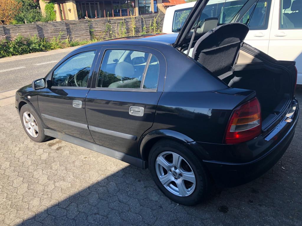 Opel Astra 1,6 Benzin HB