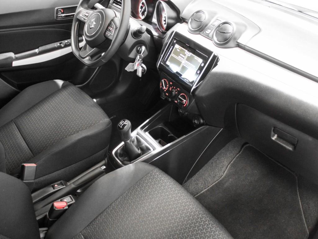 Suzuki Swift Active Hybrid