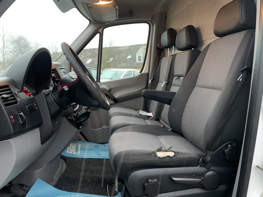 VW Crafter 2,0 TDi 163 HK