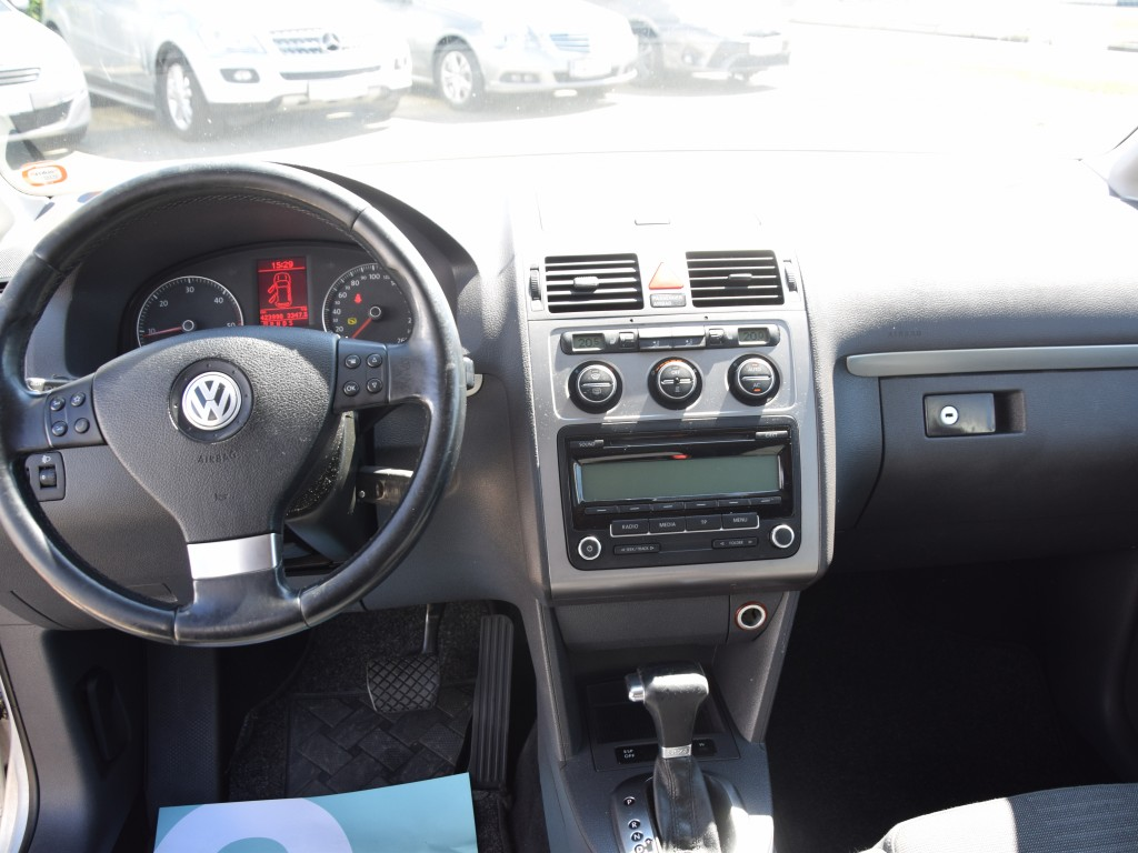 VW Touran 2,0 TDi Aut.