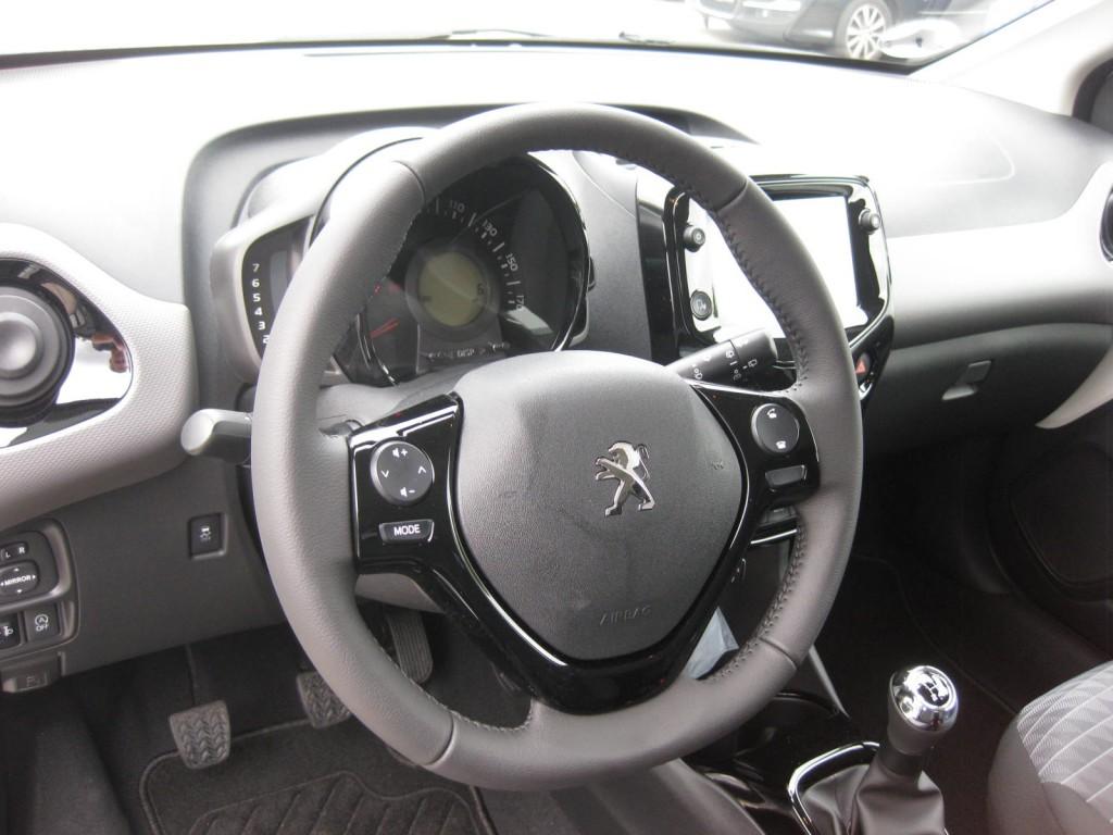 Peugeot 108 Infinity  e-VTI